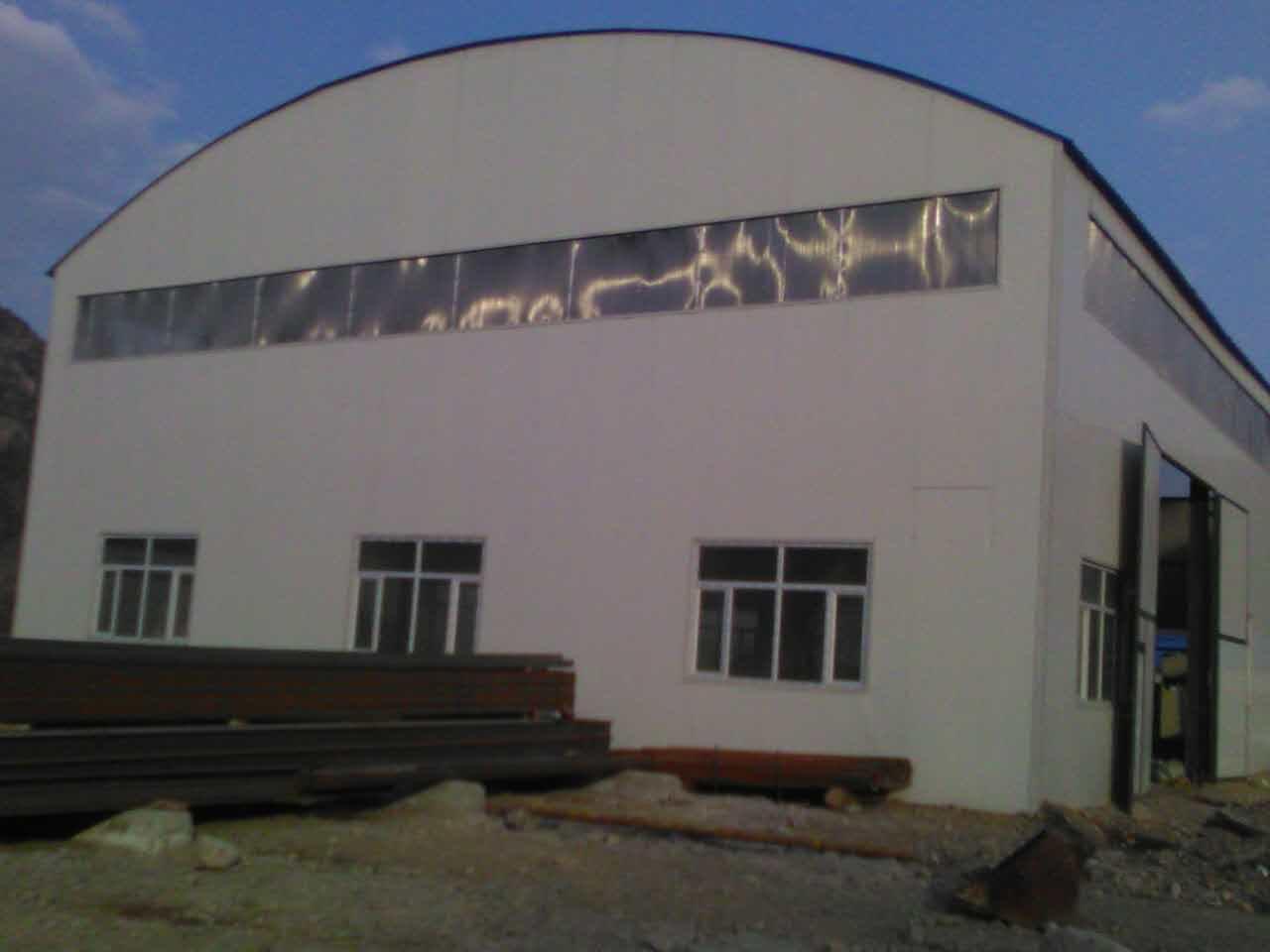 钢结构保温拱形棚
